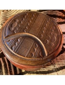 boite touareg en cuir repoussé
