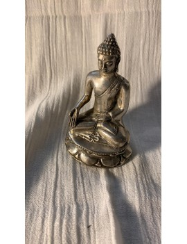 statue de Bouddha en fer...